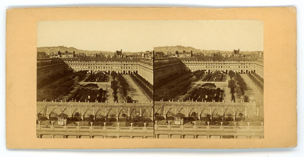 Vintage stereoscopic albumen print on card showing Palais Royal Paris
