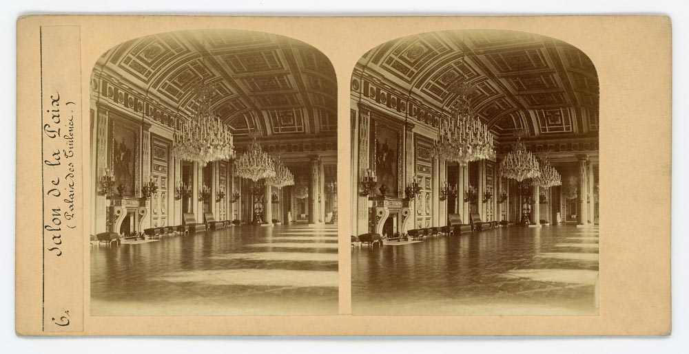 Vintage stereoscopic albumen print on card showing Tuileries Palace